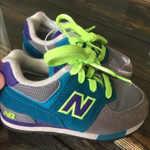 New balance sneakers girls 💖